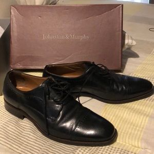 Johnson and Murphy Black leather shoes